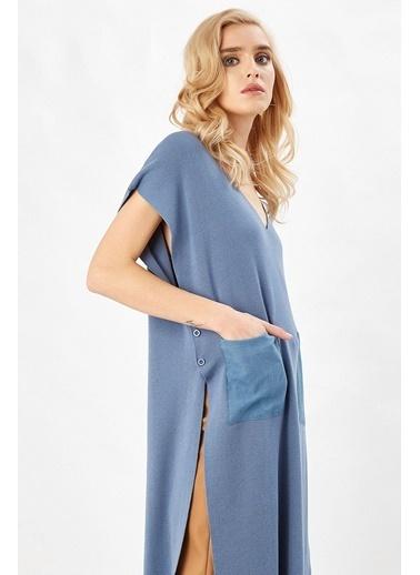 Peraluna Peraluna Mavi Renk V Yaka Yandan Düğmeli Uzun Kadın Triko Tunik Mavi